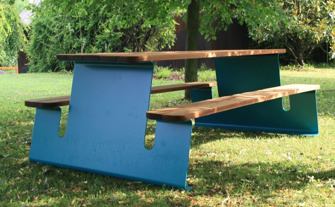 Wave mesa exterior mobiliario urbano madera