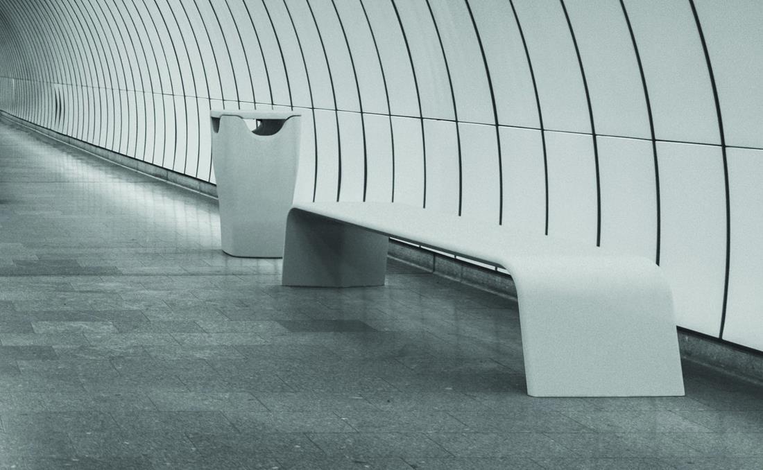 Alba banco hormigon UHPC (Ultra Hight Performance Concrete) YTER metro