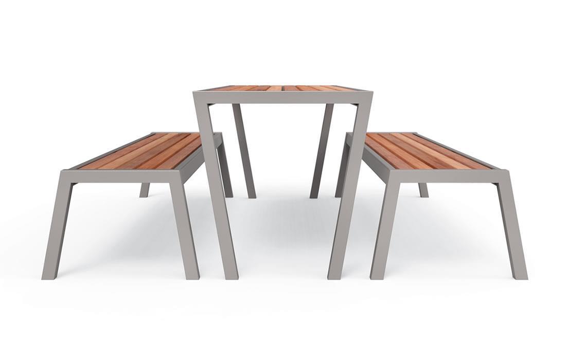 Mesa City Desin con bancos mobiliario urbano de madera
