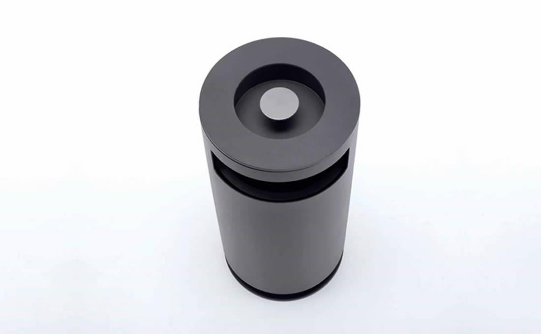 Papelera circualr metálica Cima de diseño moderno y actual, vista superior