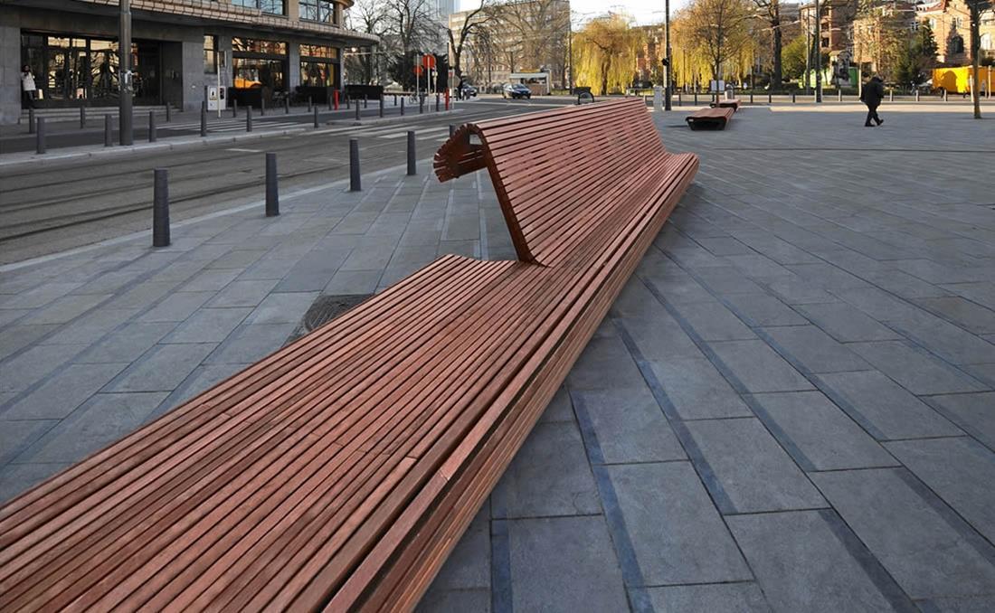 Banco Flow exterior de madera