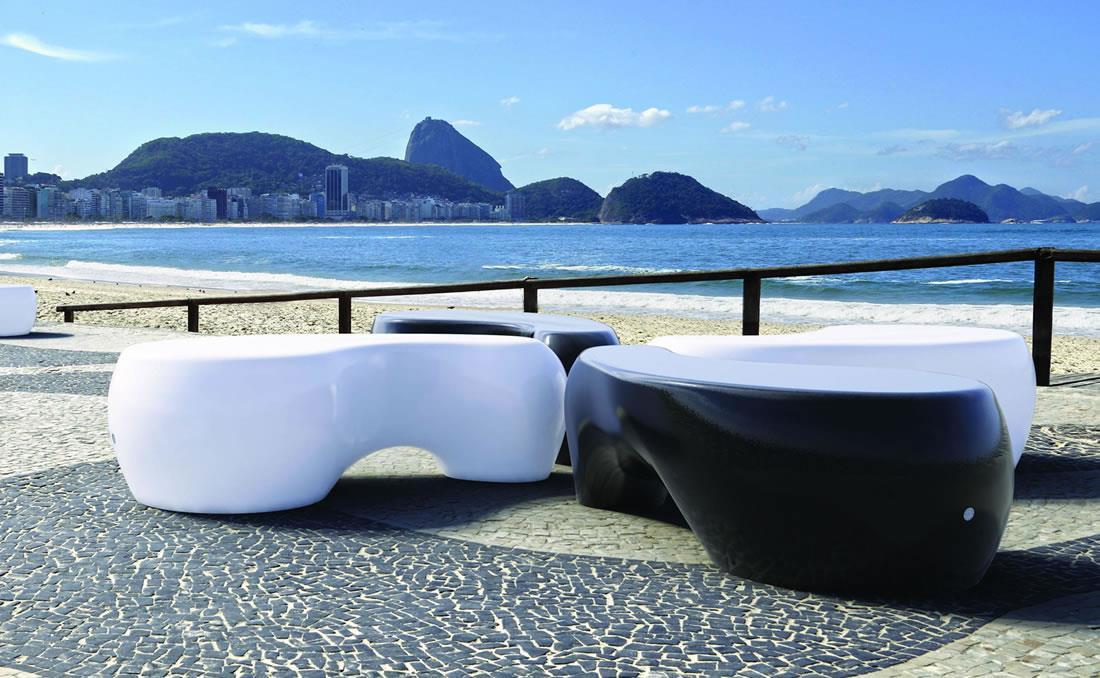 Funny banco de hormigón prefabricado diseño orgánico colores blanco y negro
