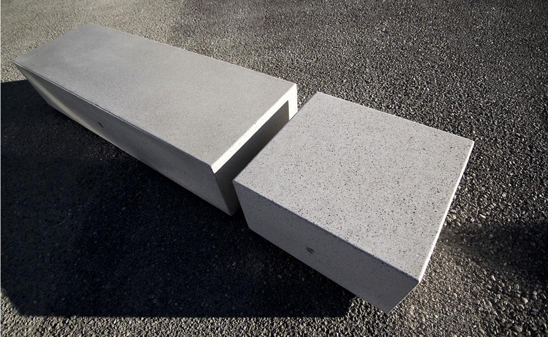 Kubb banco hormigon mobiliario urbano blanco abujardado