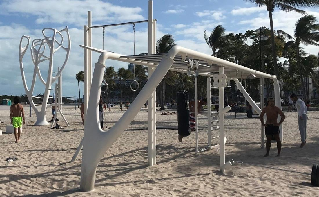 MyEquilibria parque calistenia fitness urbano playa norte