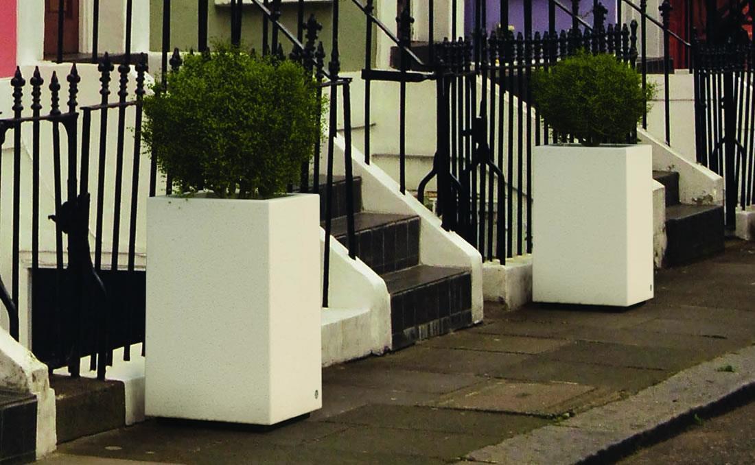 Tall YTER jardinera hormigon prefabricado Londres