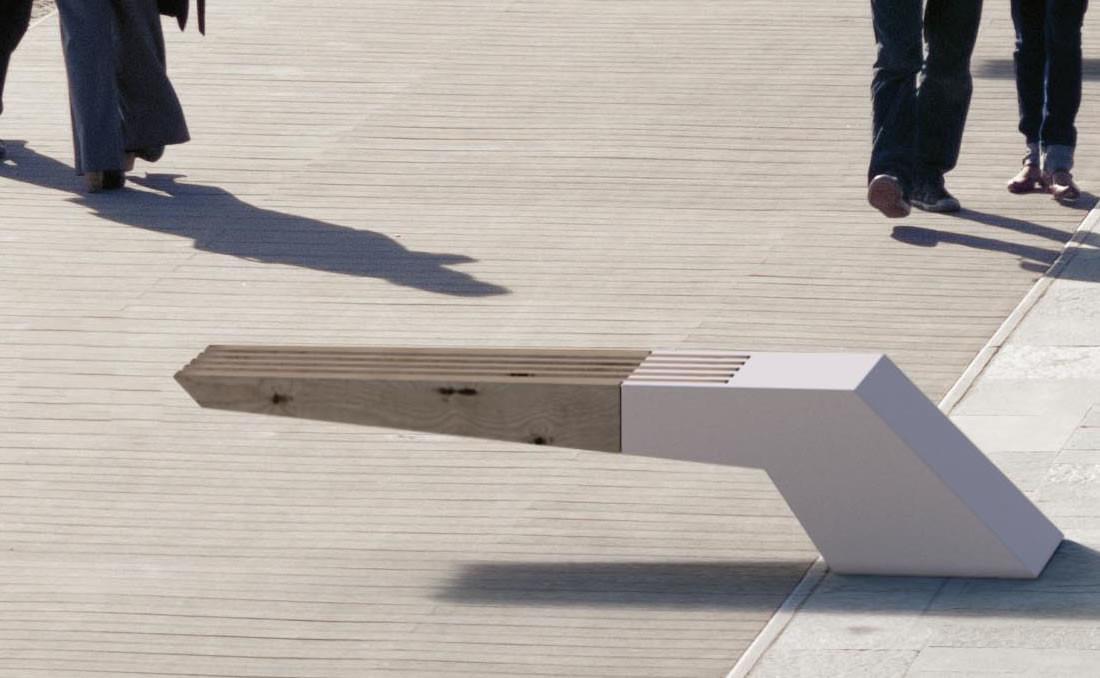 Banco modelo Win de hormigón y madera en paseo marítimo