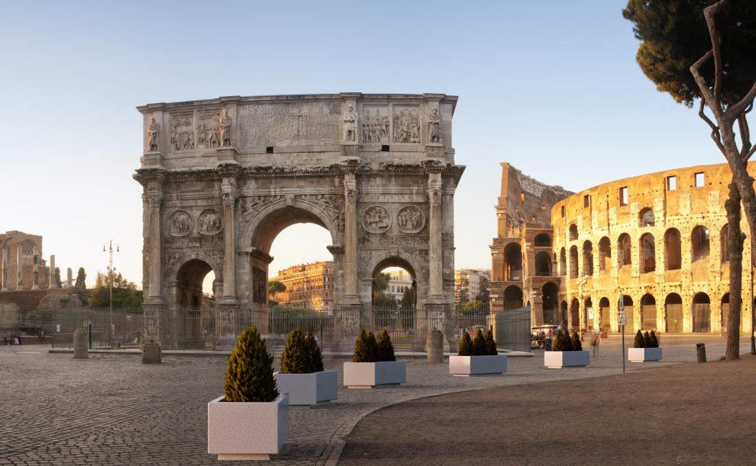 Jardinera Demetra de grandes dimensiones en el Coliseo.