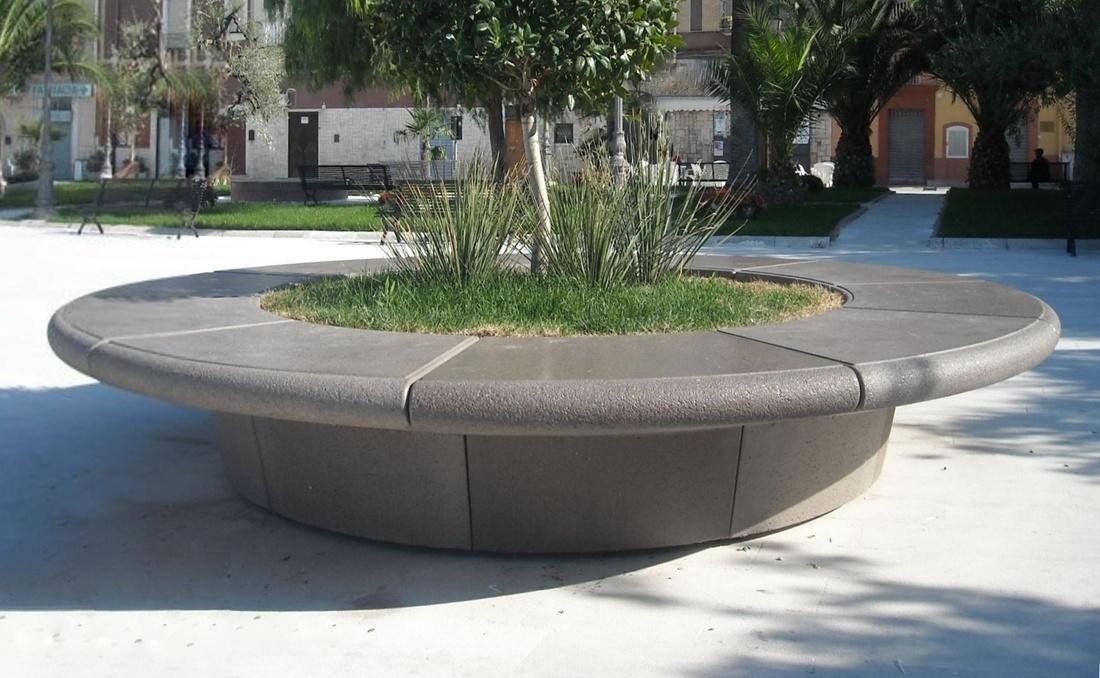 Jardinera banco con asiento de grandes domensiones gris